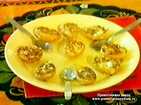 Пасхальные яйца фаршированные