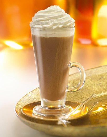 Коктейль из кофе с молоком